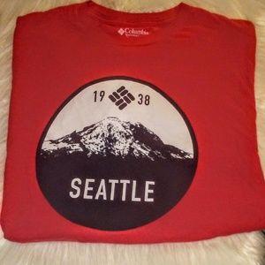 Columbia   Seattle T-Shirt .
